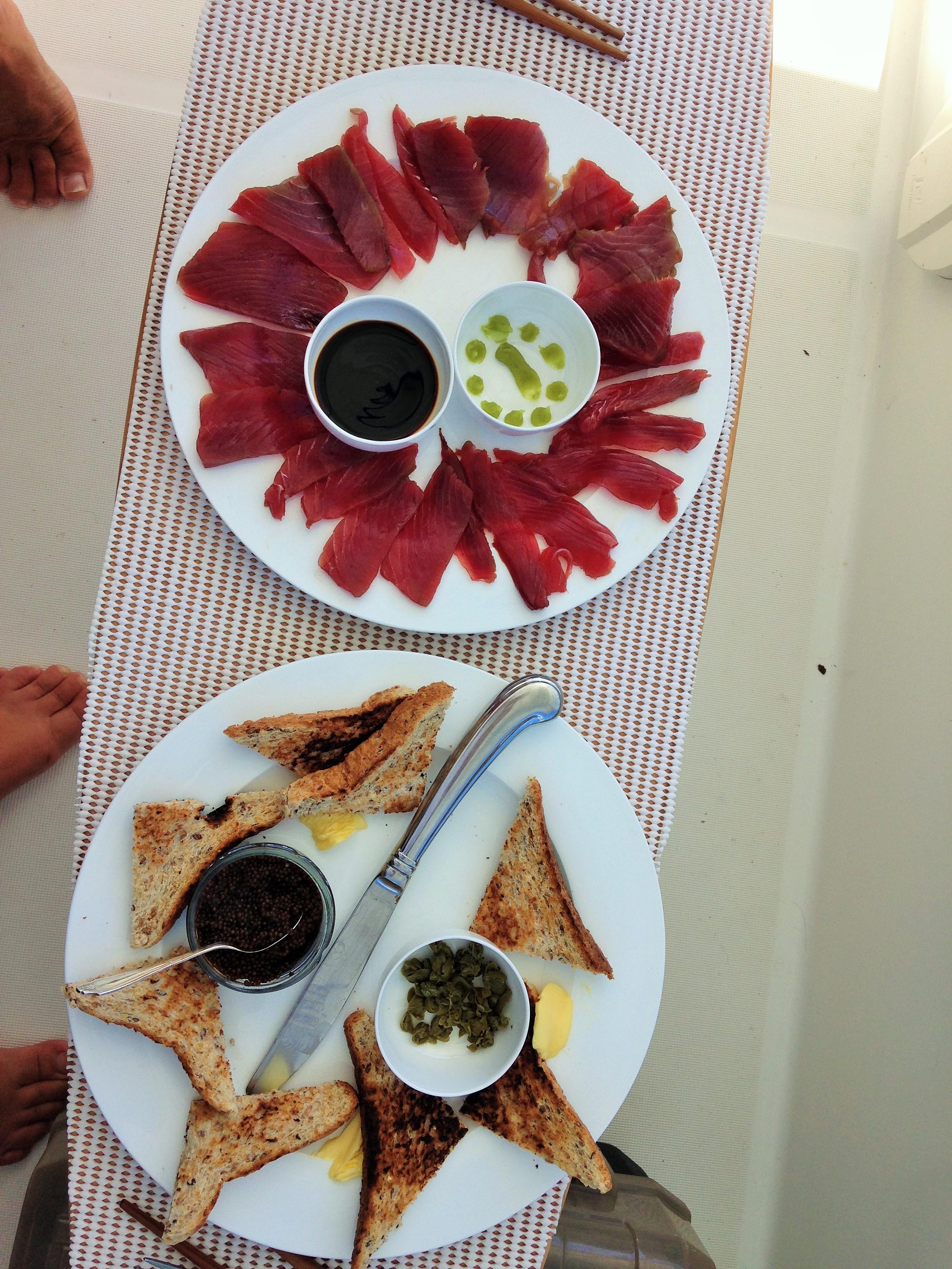 tuna sashimi.JPG