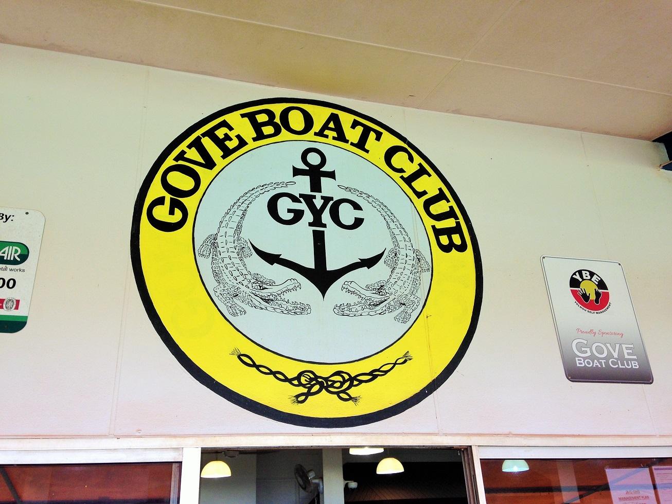 Boat Clum emblem.JPG