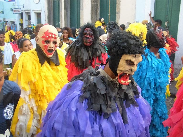 mask people.JPG