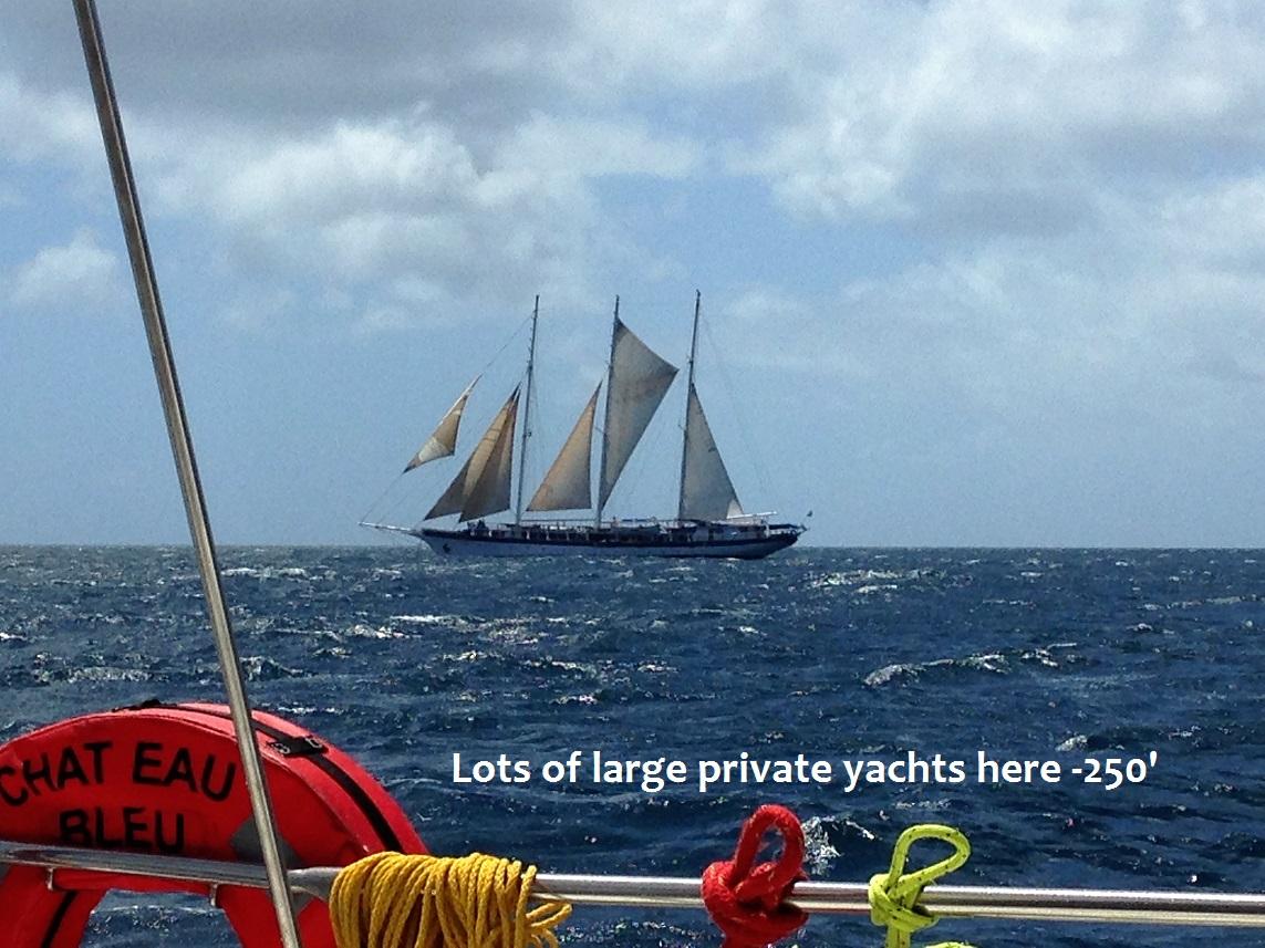 ;arge yacht.JPG