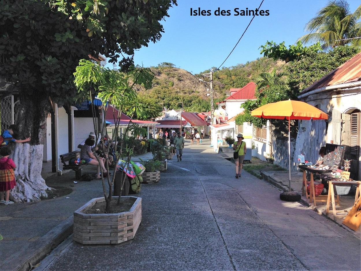 street Des Saintes.JPG