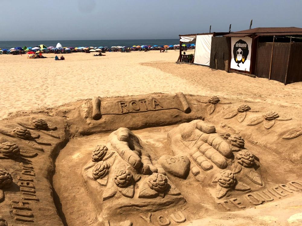 sand scultpture.jpg