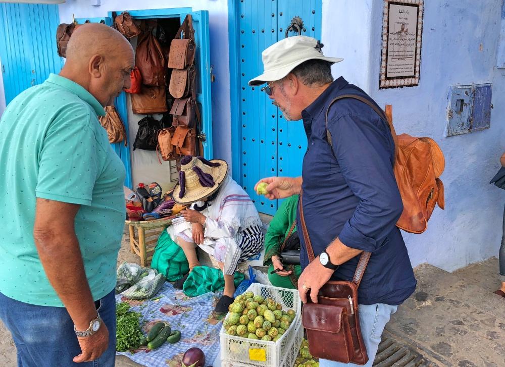 C 4 buying figs.jpg