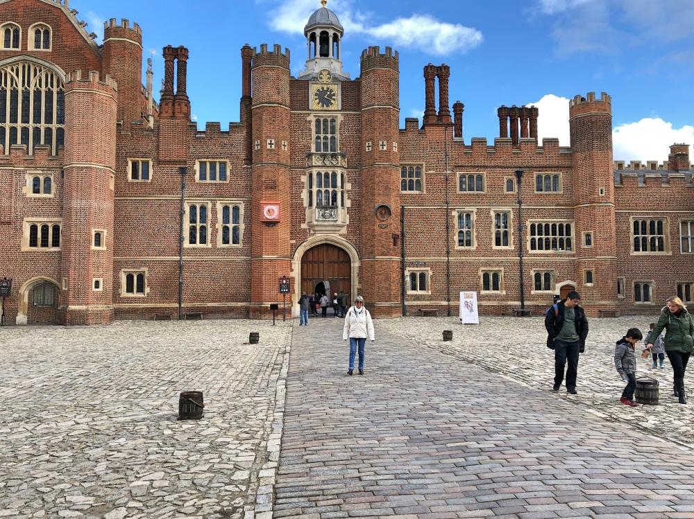 D Hampton Court.jpg
