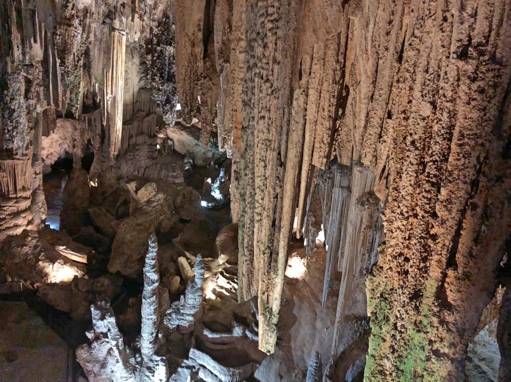 N caves 2.jpg