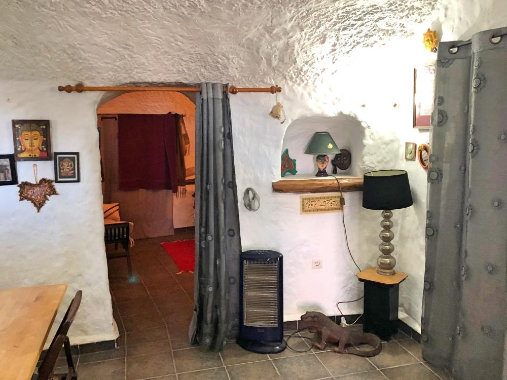 cave room_Fotor.jpg