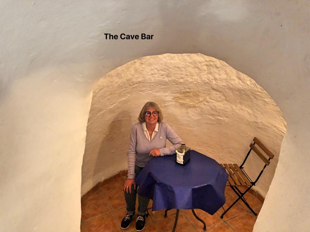 Deb cave_Fotor.jpg