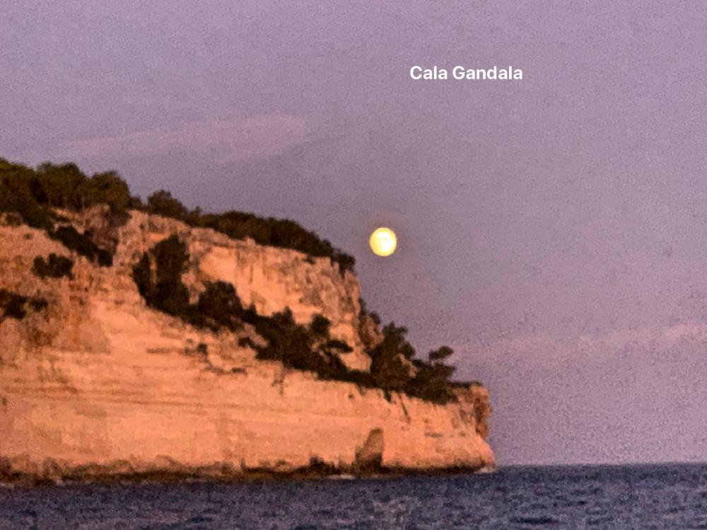 Moon Cala Gandala.jpg