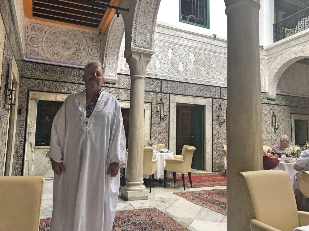 Tunis Restaurant.jpg