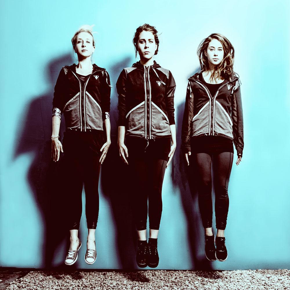 L to R: Tessa Coates, Stevie Martin, Liz Kingsman