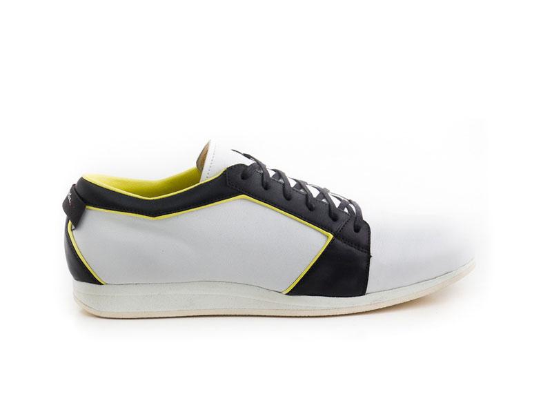 ©snique_handgemacht__sneakers_massschuhe_halbschuh_orthopaedie.jpg