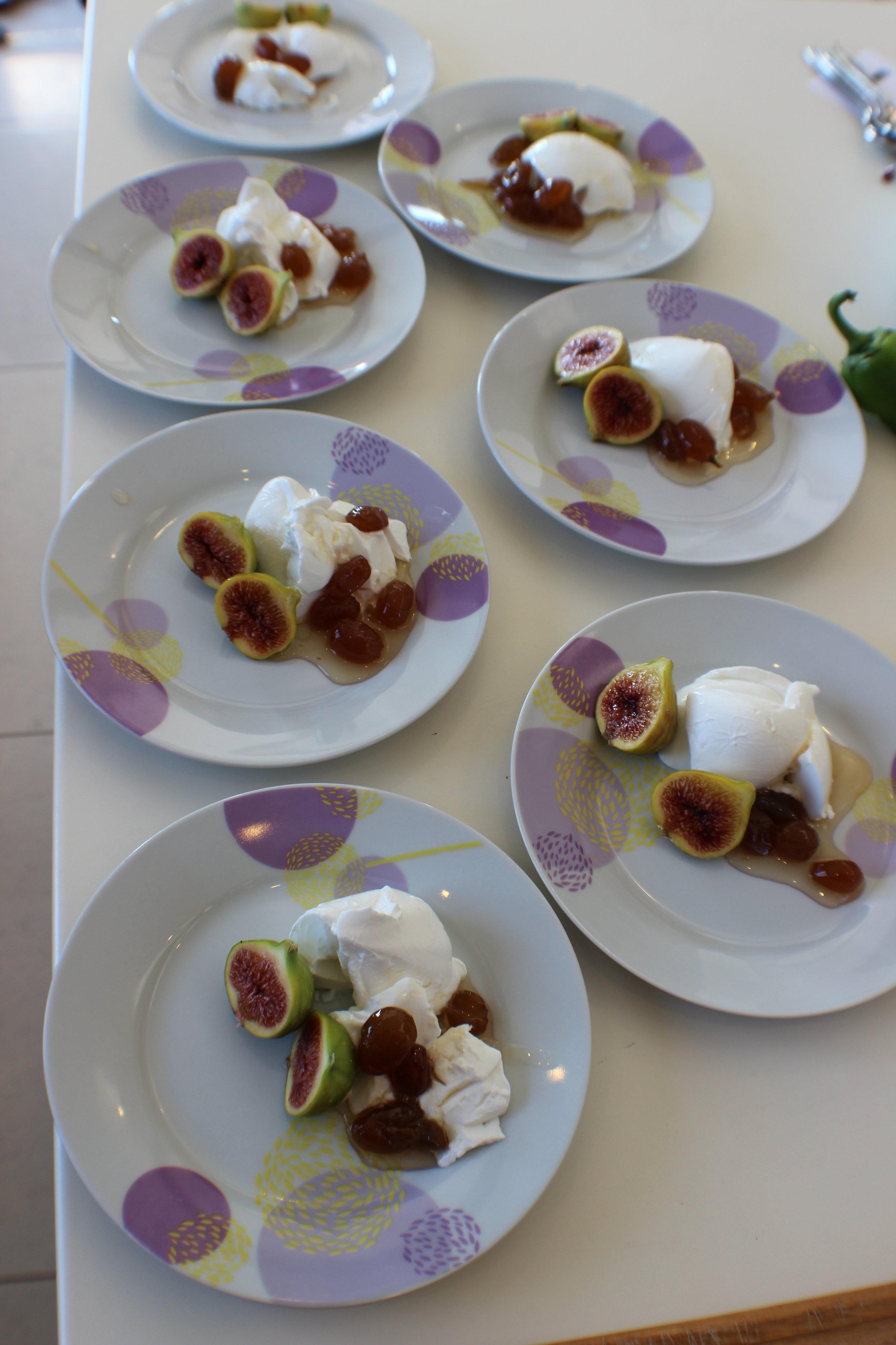 simple Greek breakfast