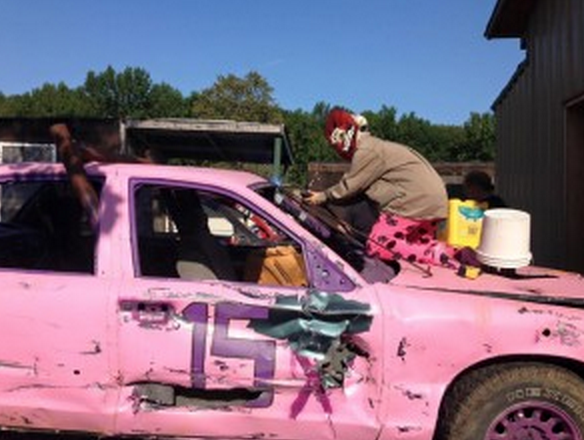 pink car.png