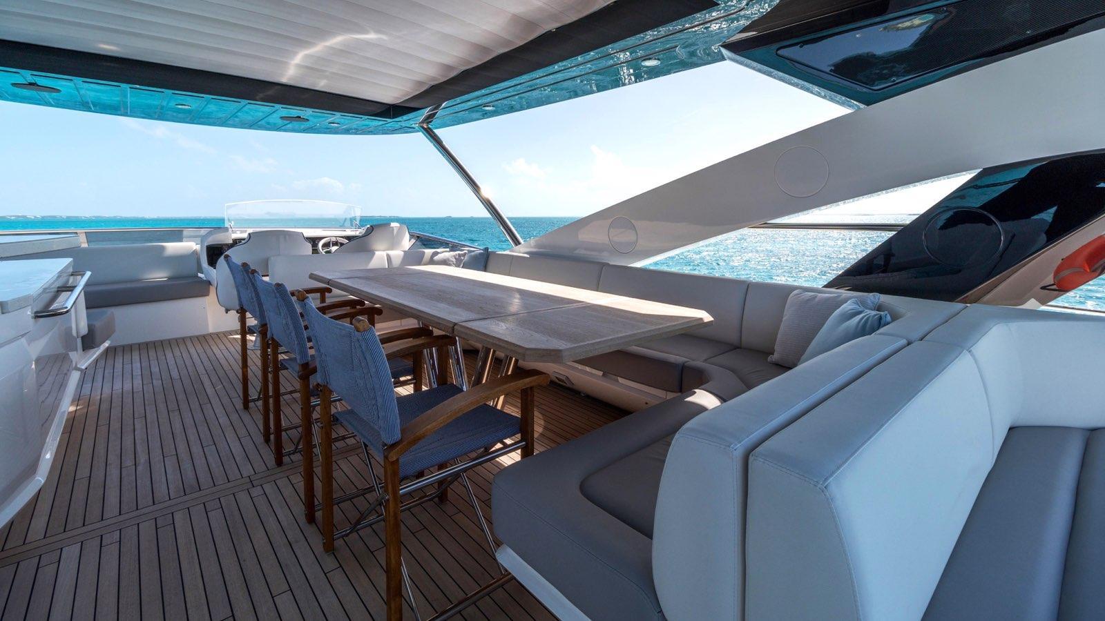 Enterprise_charter_yacht_iyc_flybridge_dining.jpeg