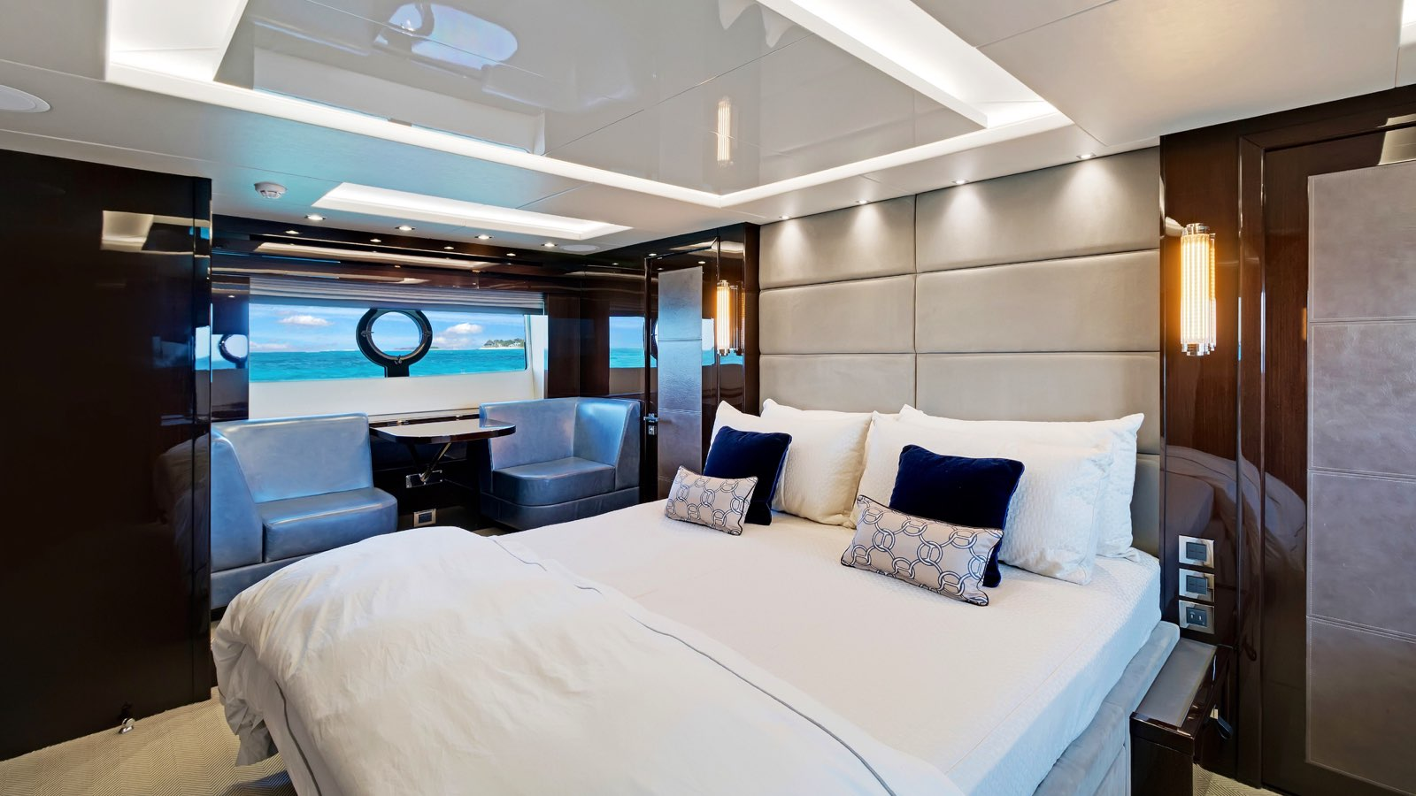 Enterprise_charter_yacht_iyc_interior_master_3.jpeg