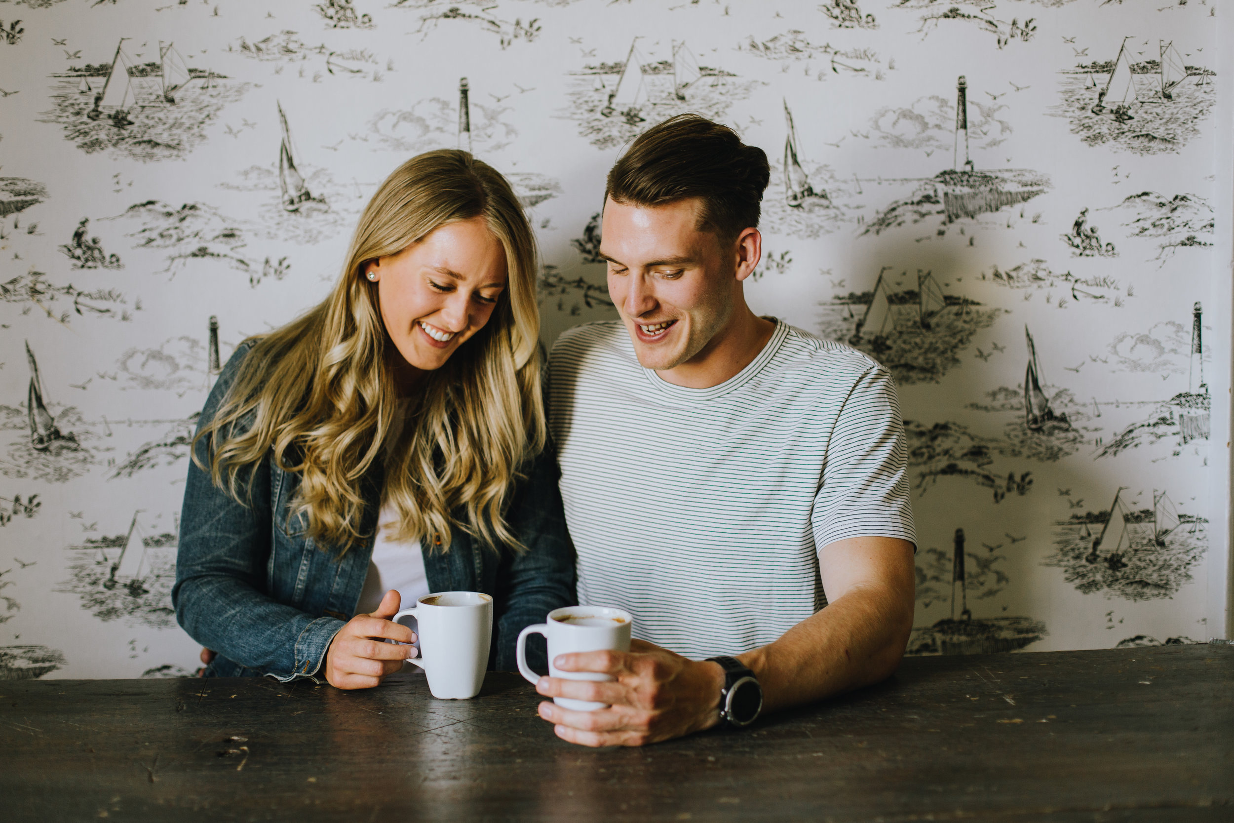 dave-and-pring-photography-lunenburg-engagement-no.9cafe-coffee