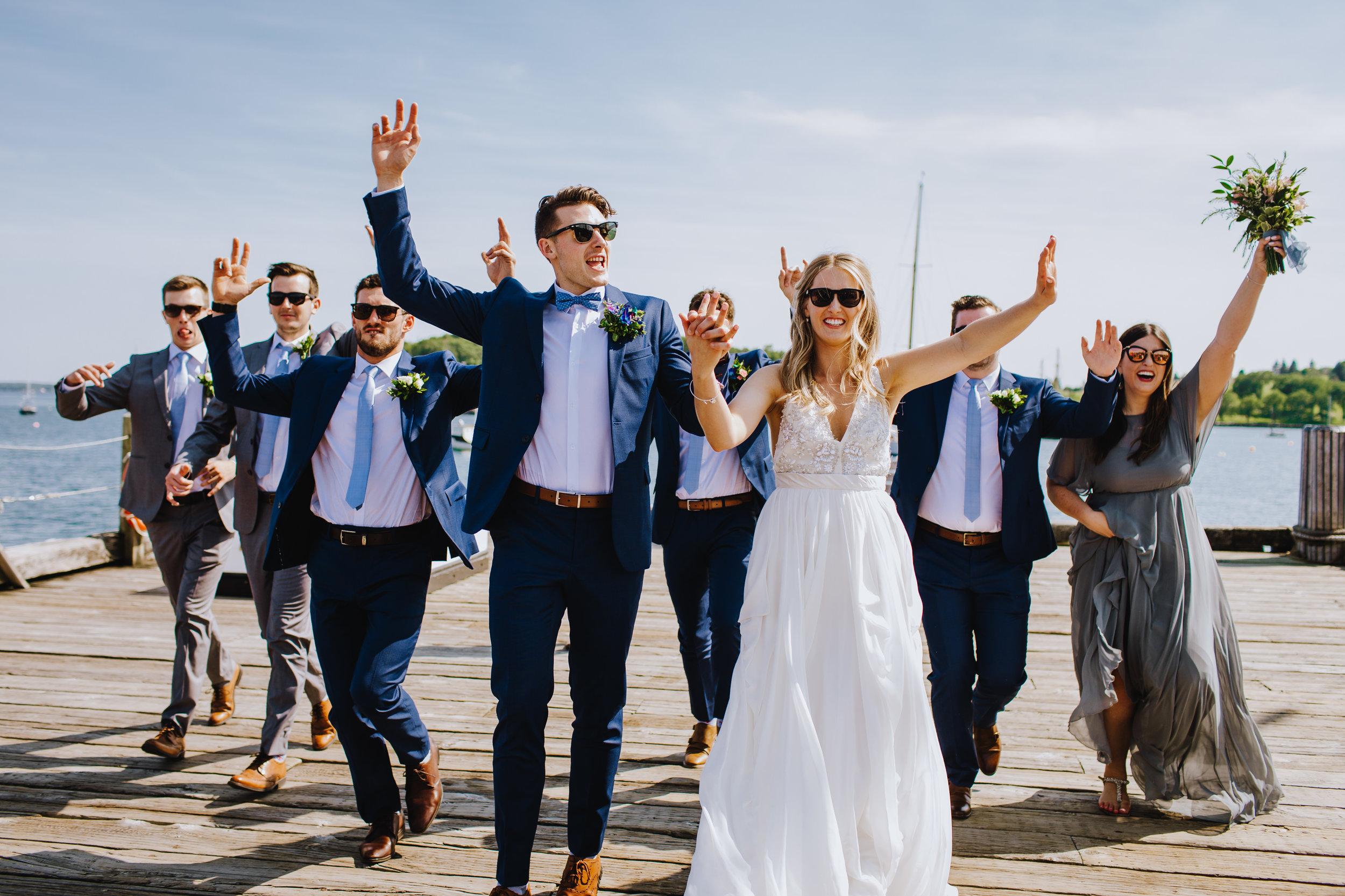 BOSCAWEN-INN-LUNENBURG-WEDDING-DAVE-AND-PRING-PHOTOGRAPHY-SOUTH-SHORE-LUNENBURG-BLUE-NOSE0-BRIDE-GROOM-GROOMSMEN-ENTOURAGE