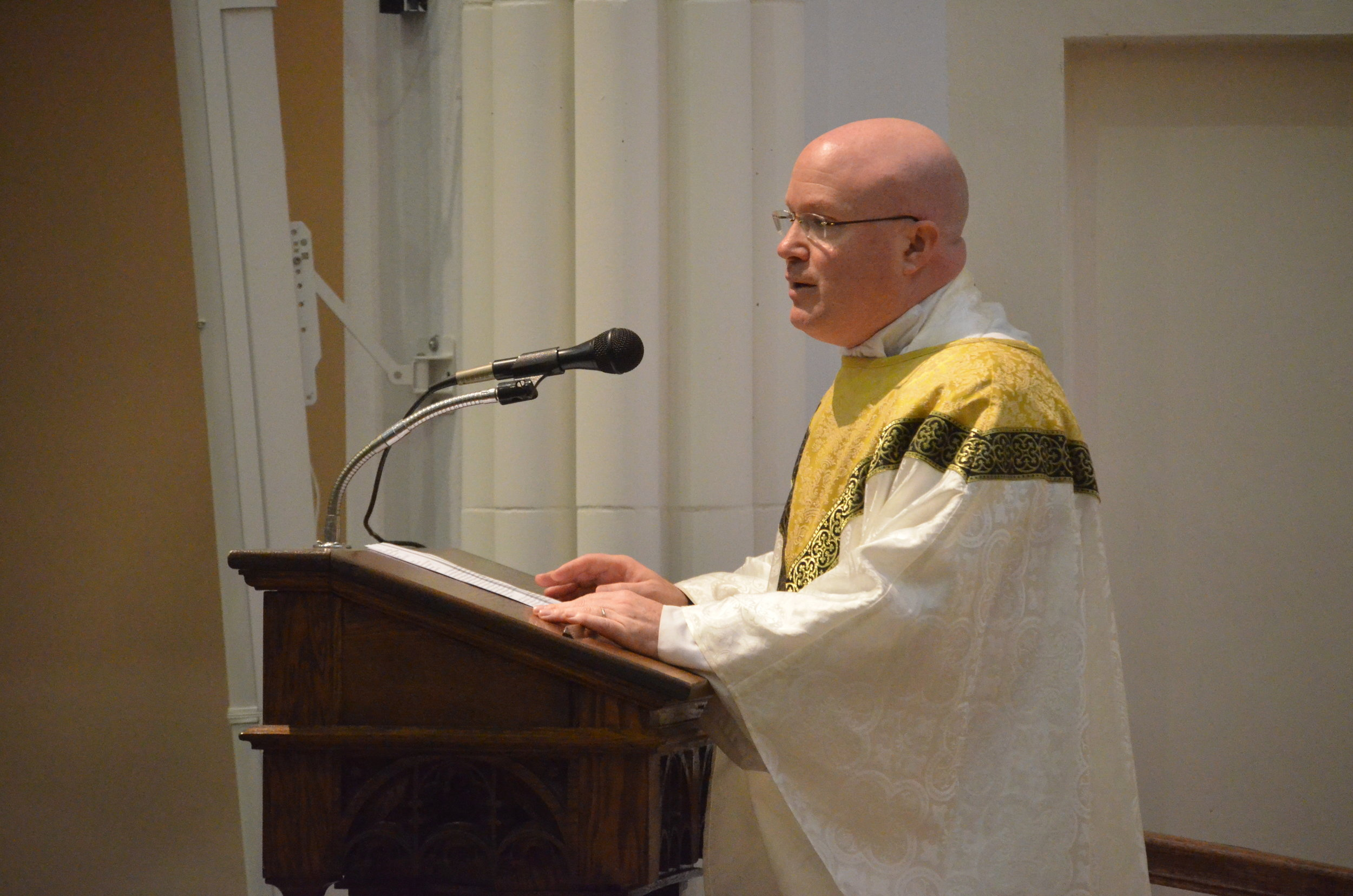 Fr. Roger Landry gives the homily