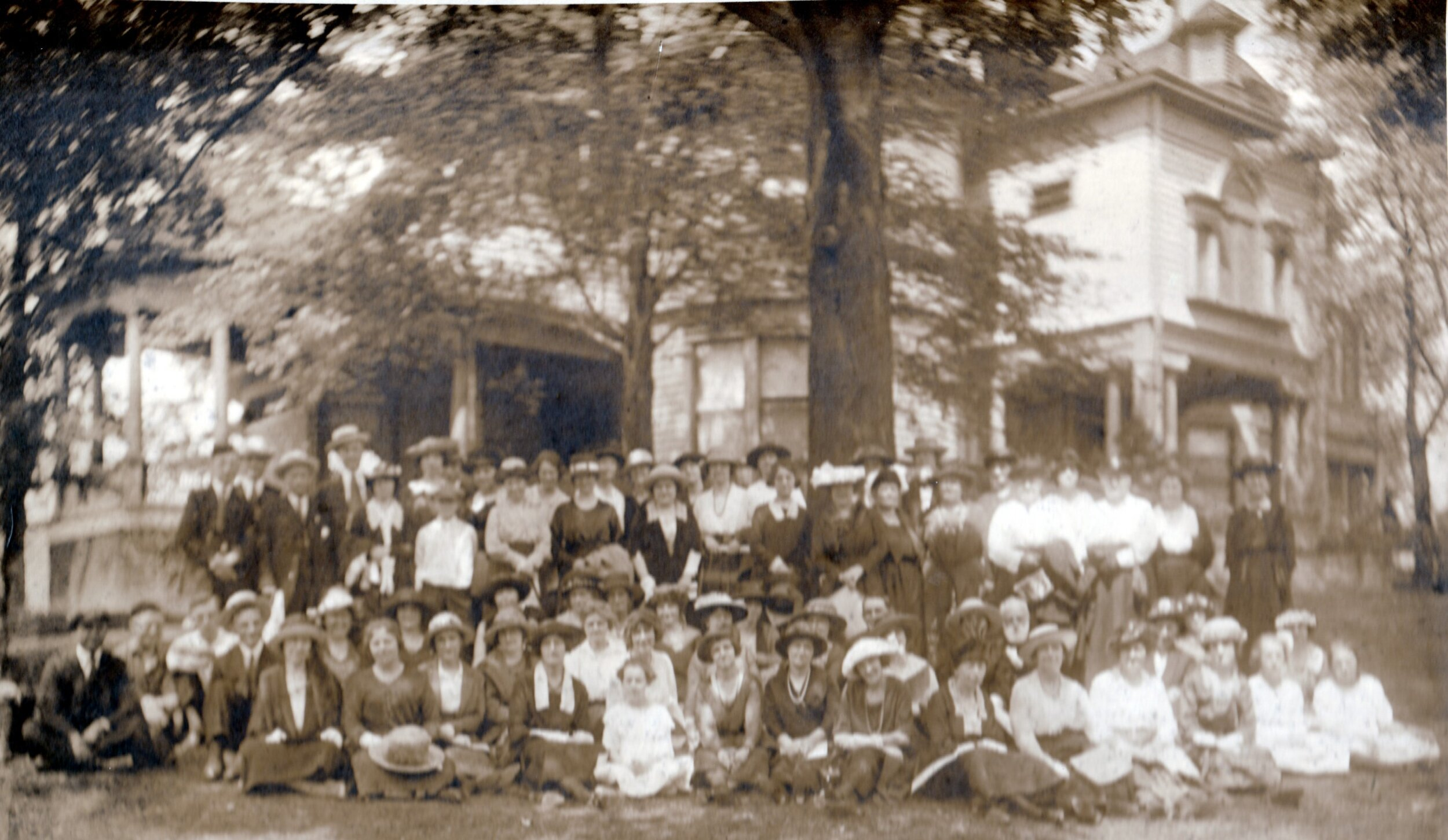 A pilgrimage group in front of the old monastery in 1920