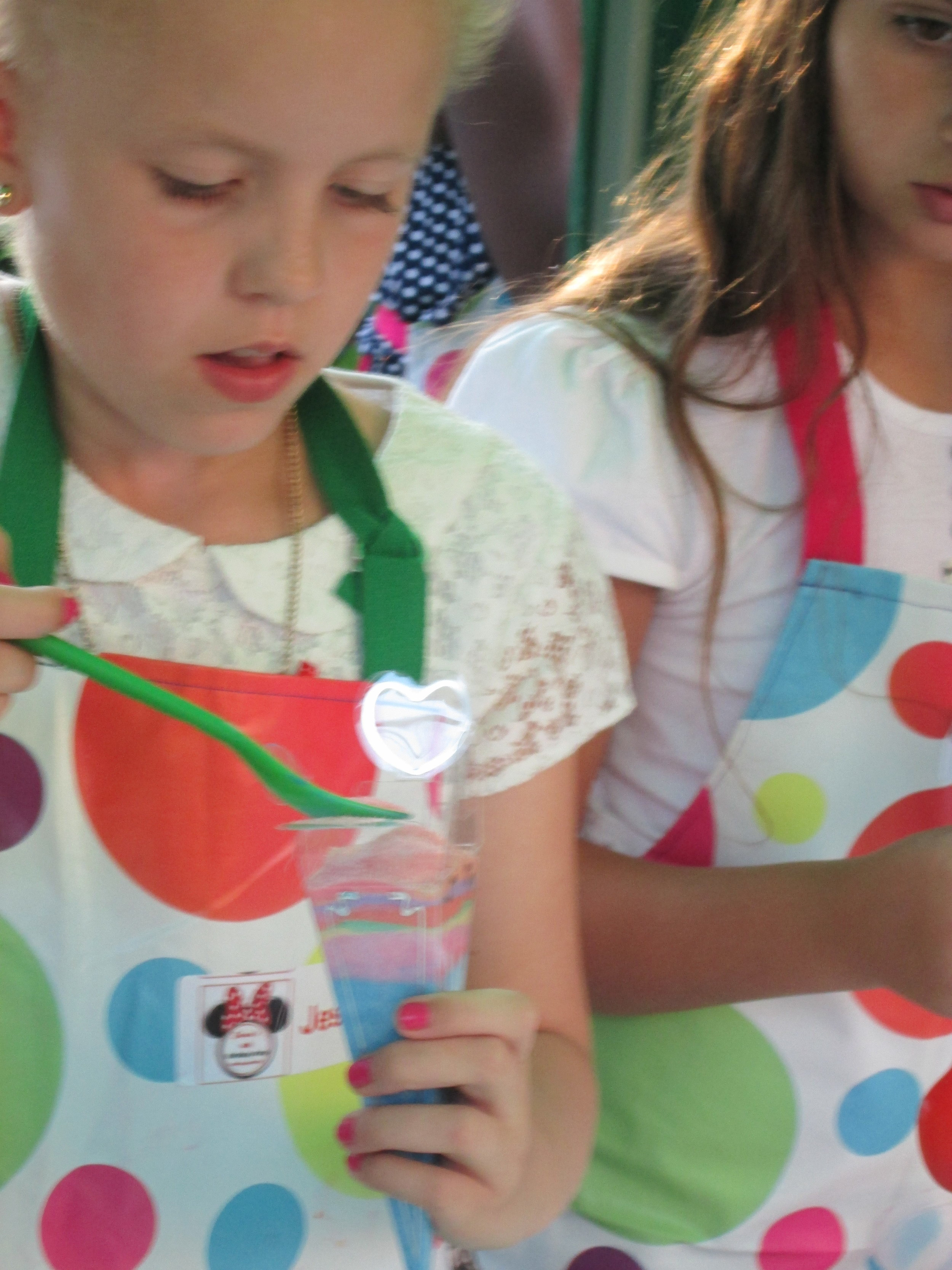 Copy of Girl making bath sherbet @luvlybubbly soap making parties