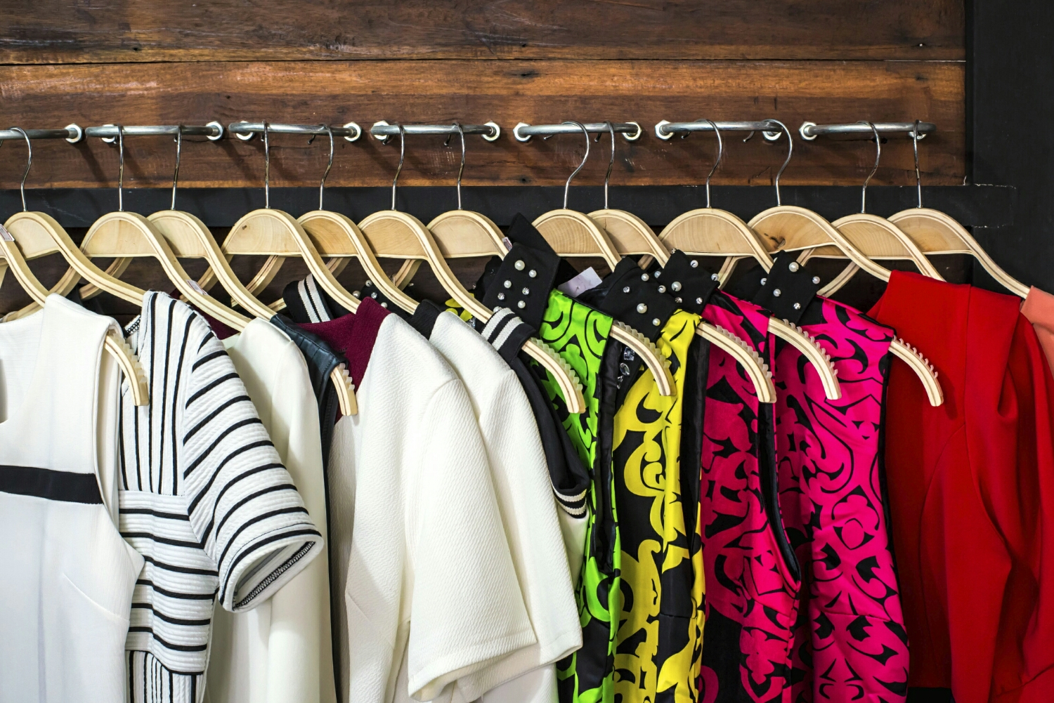 pleahttp://www.forbes.com/sites/learnvest/2014/04/23/simple-steps-to-a-clutter-free-closet