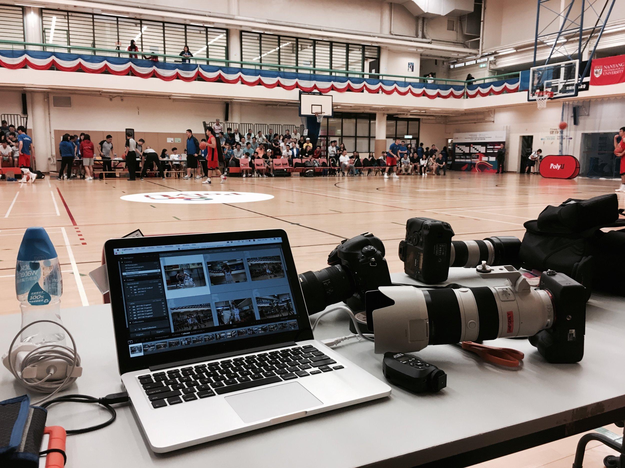 今次器材用左 Sony A9 同 Nikon 系統,Sony 主要用作拍攝短片及 70-200mm 焦段,D4s 多數配上 16-35 f/4 超廣鏡或者 300mm f/2.8 VR2 遠攝特寫用