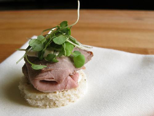 Roast Beef Tea Sandwich from asagemaigan.jpg