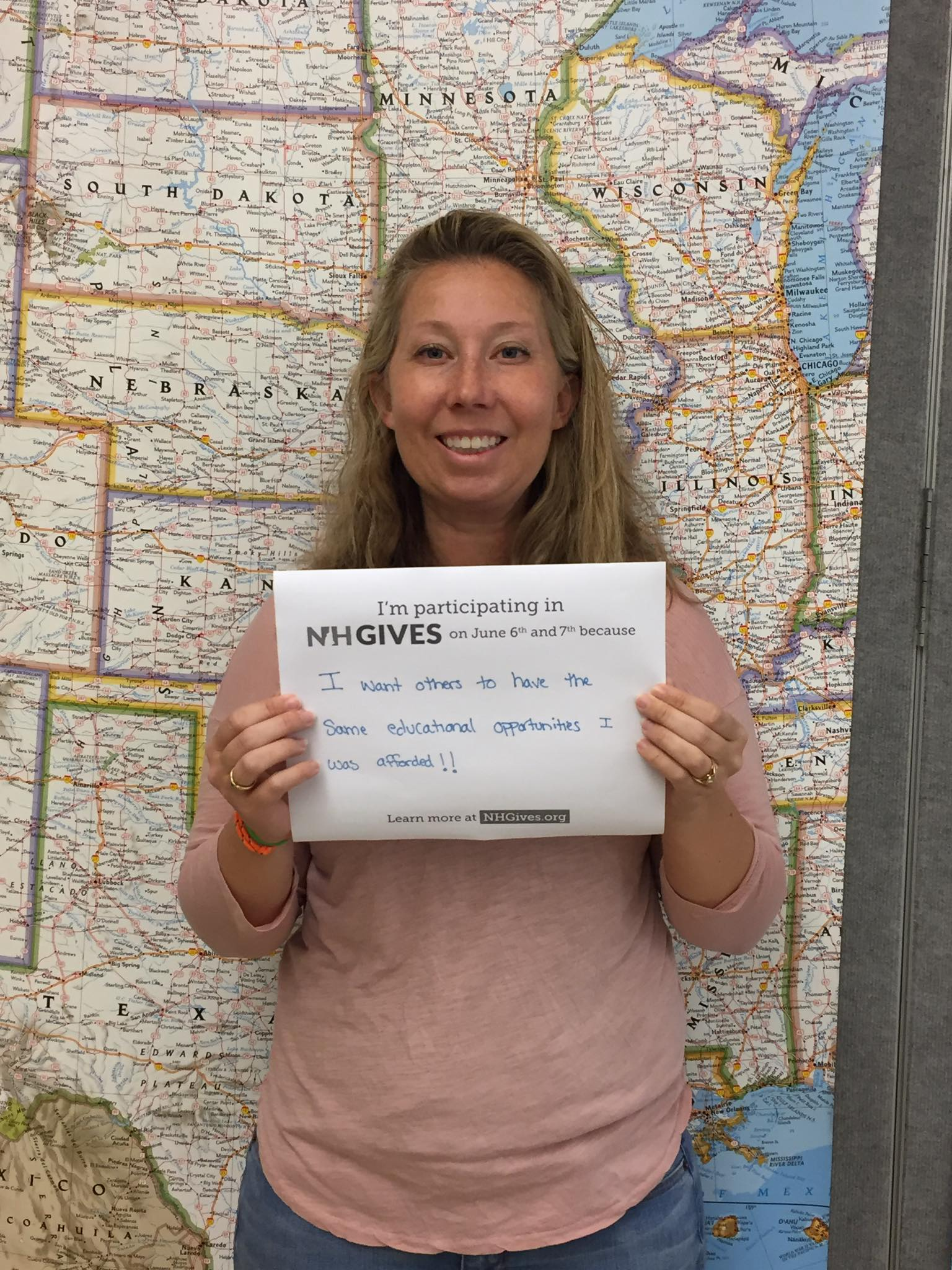 Board Member Liz Murray showing her #NHGives spirit in 2017