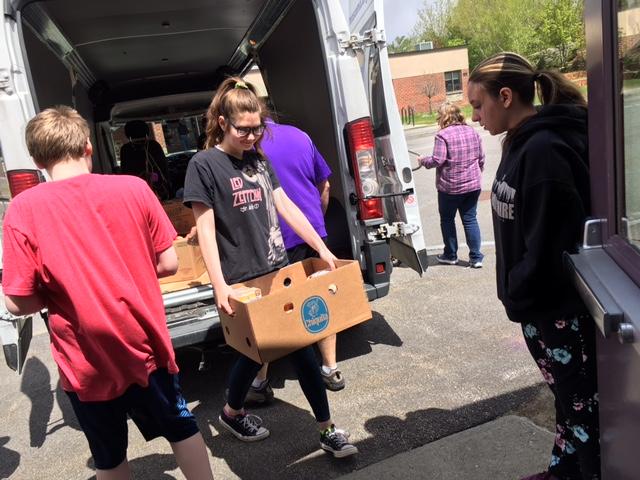 Unloading Foodie Van!