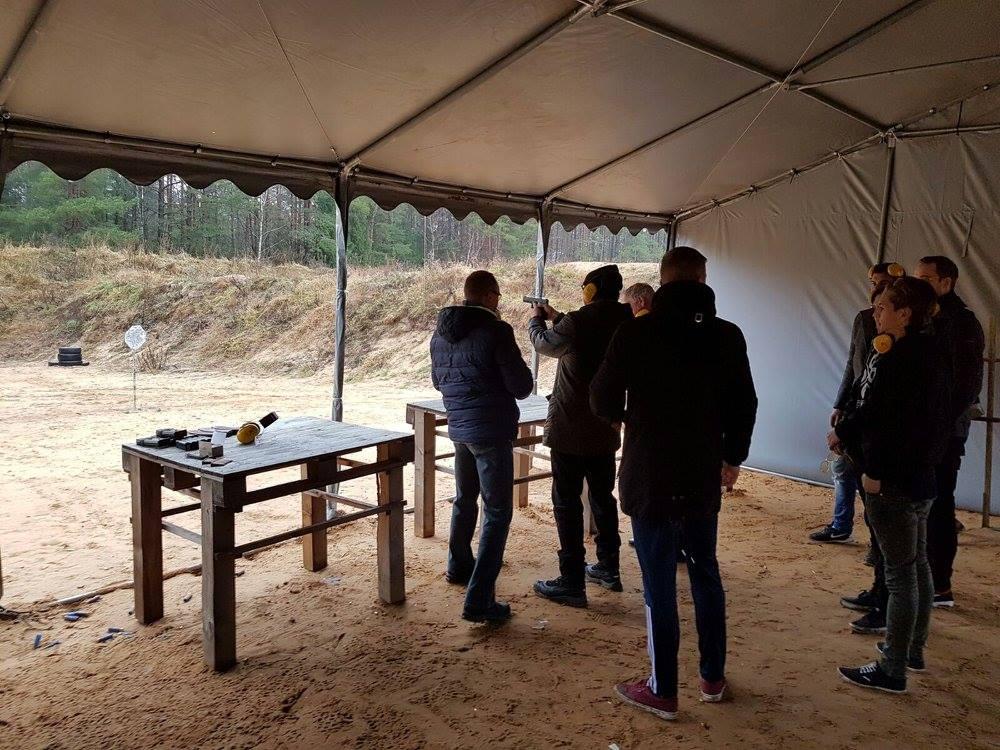real gun shooting Vilnius.jpg