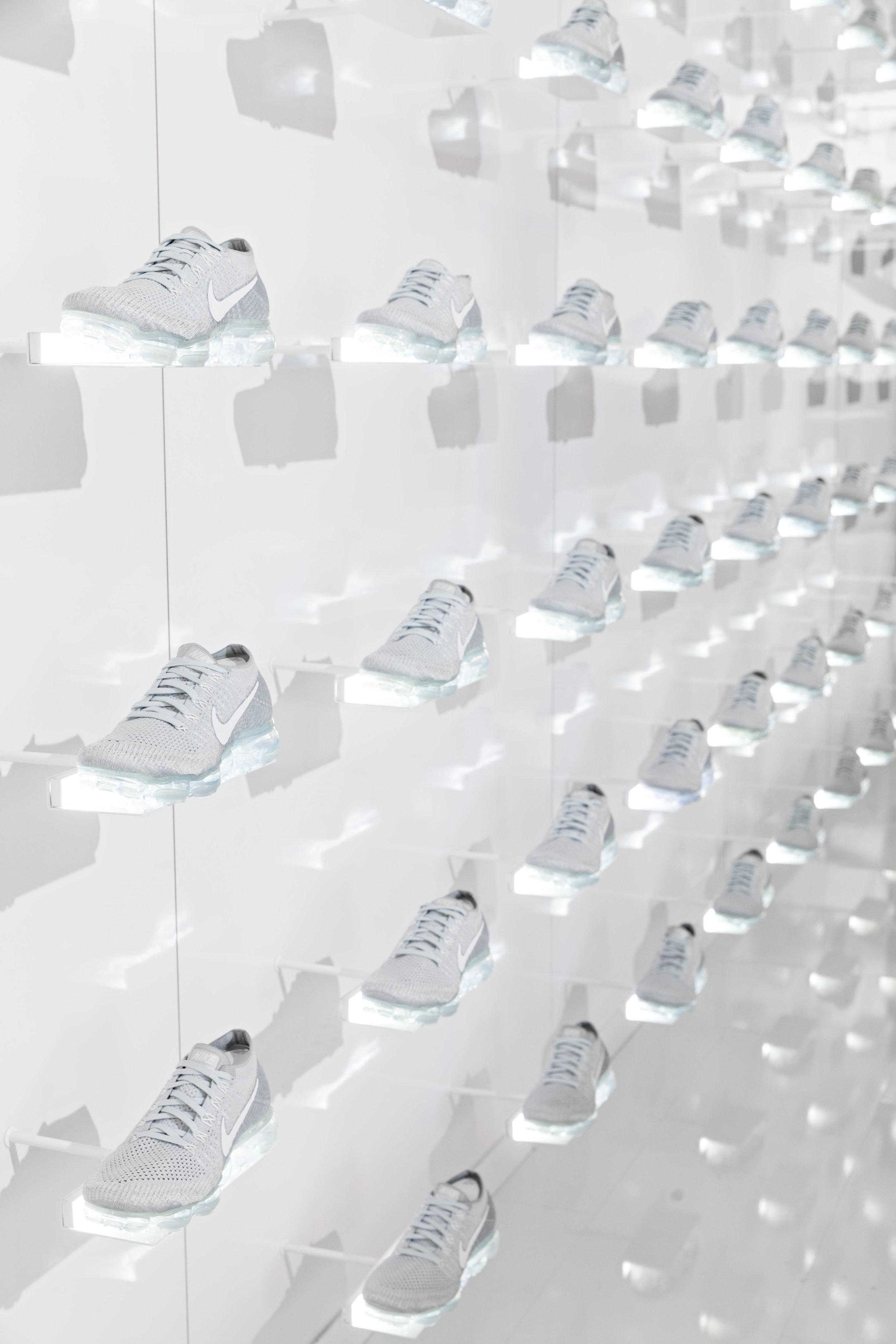 2017-03-26_Niketown_Vapormax_0161.jpg