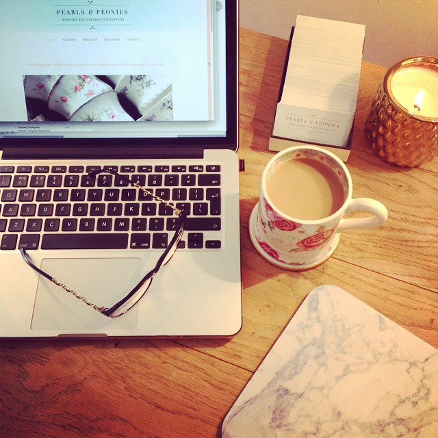 Website is almost finished and ready for your peepers!! #pearlsandpeonies #emmabridgewater #30yearsofEB  ps. Loving my new Emma Bridgewater rose &knee mug soooooooooooooo much 😍