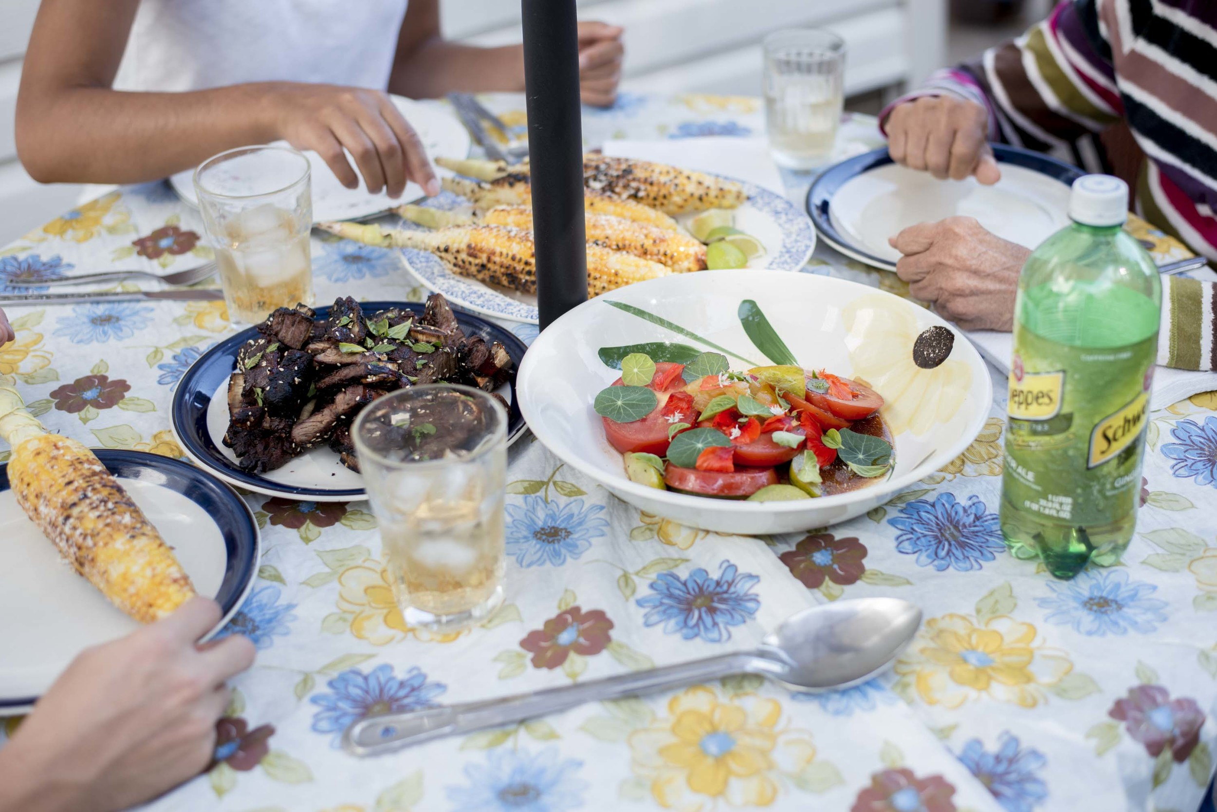 Sunday Dinners - Chiron Cole Photography - Riann & Tristan-9125.jpg