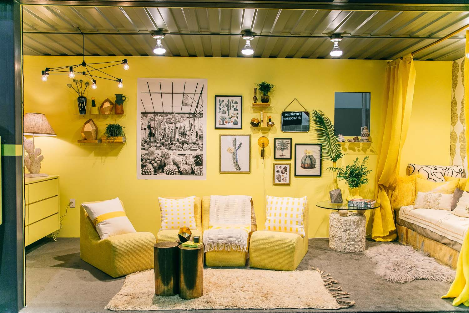 Living-Yellow-11.jpg