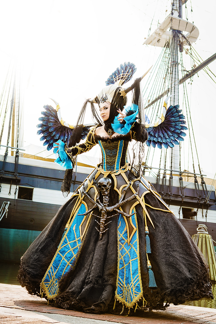 Yaya Han as Enira from Lineage 2