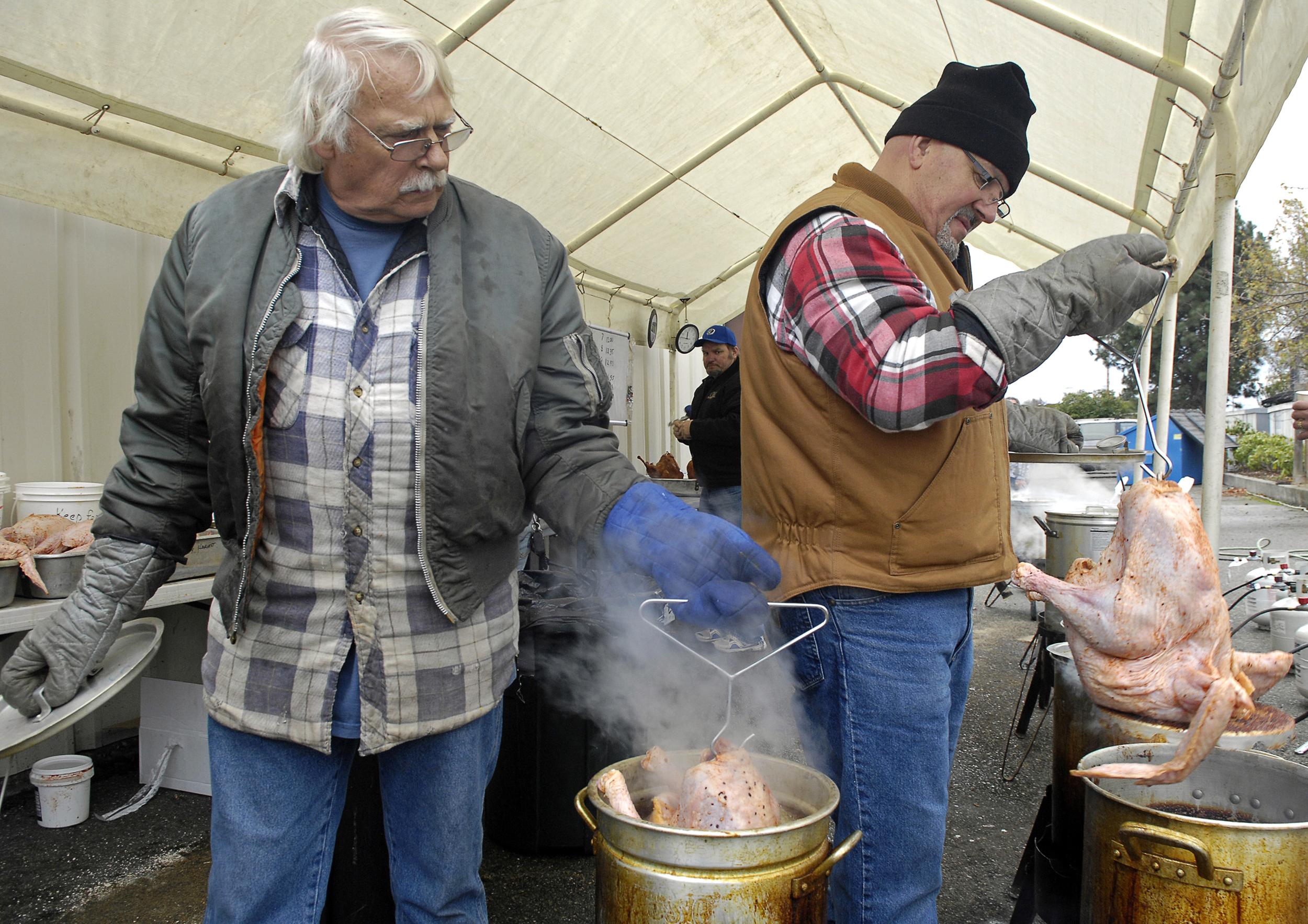 Frying the Turkeys