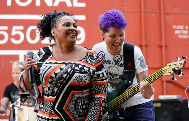 Cathy, Mae and Rhonda  Photo: marnigrossman.com