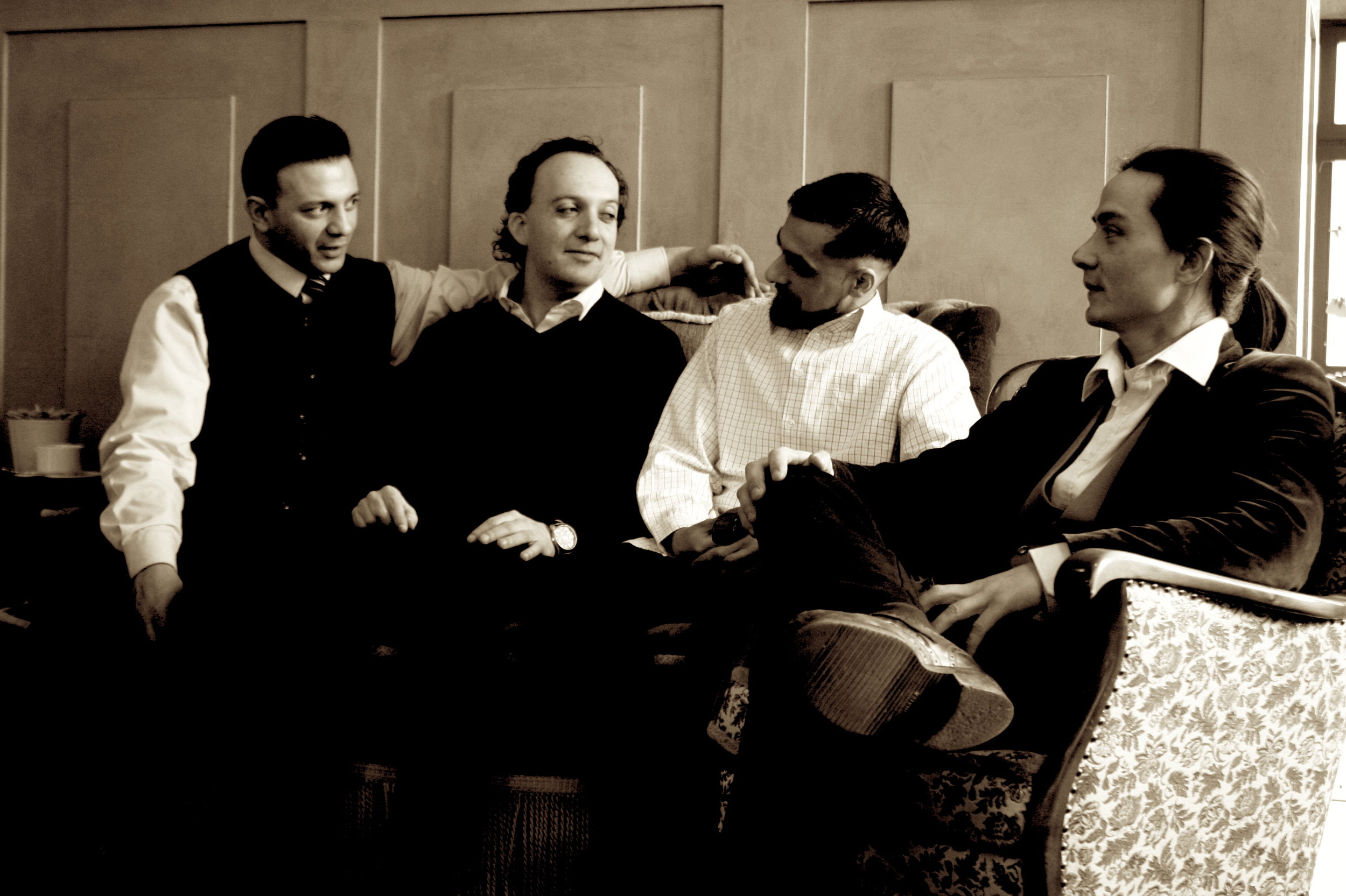 Radio Django black and white 2.jpg