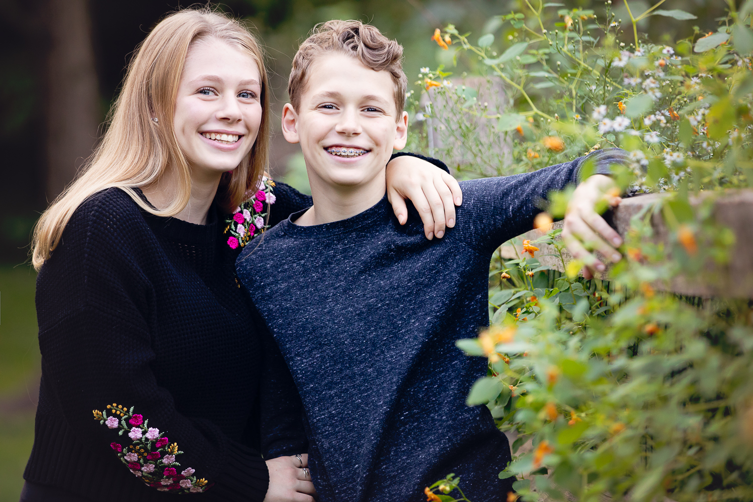 Sibling portraiture by Aliza