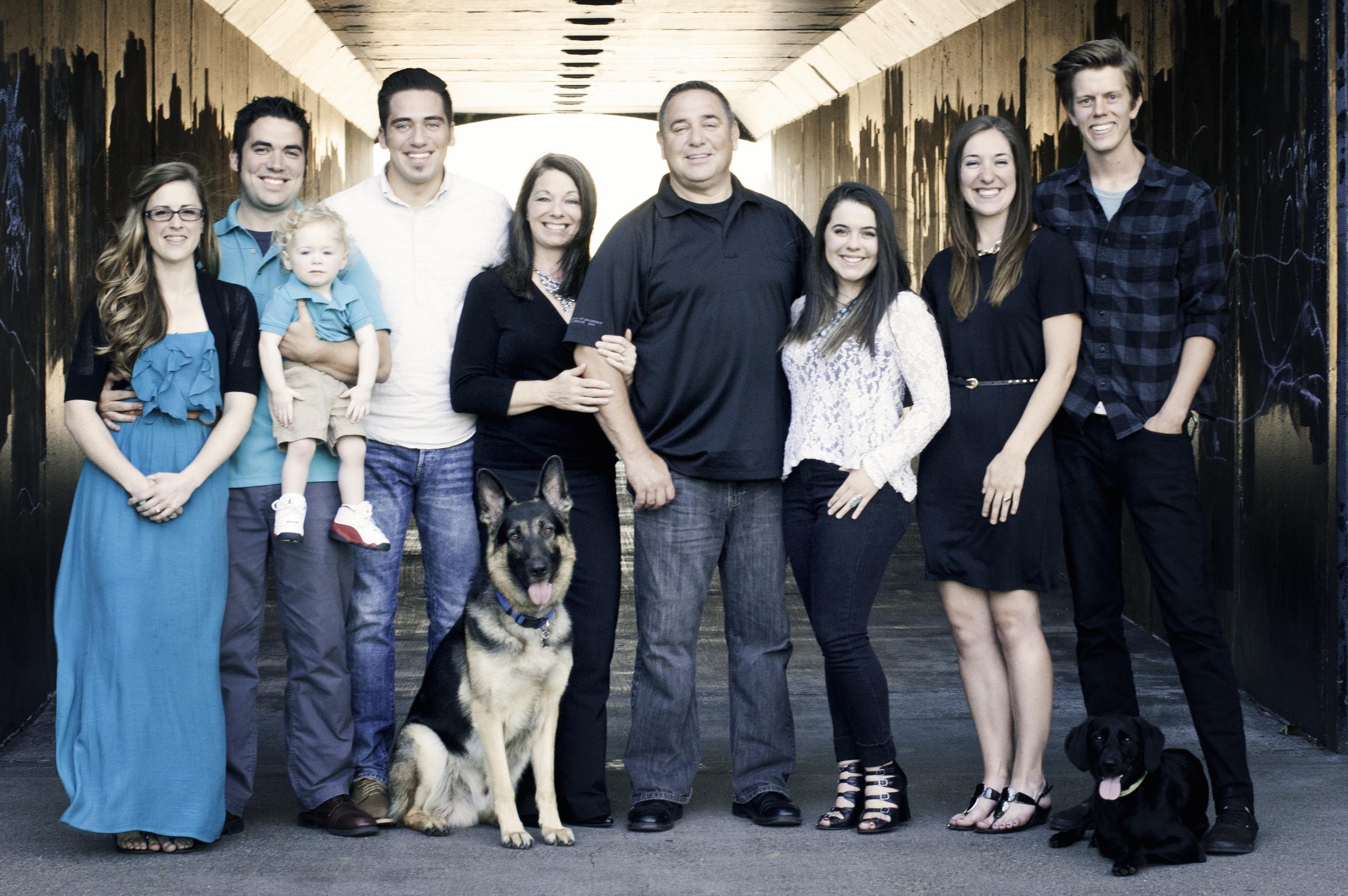 Ray Family Photos-whole group tunnel.jpg