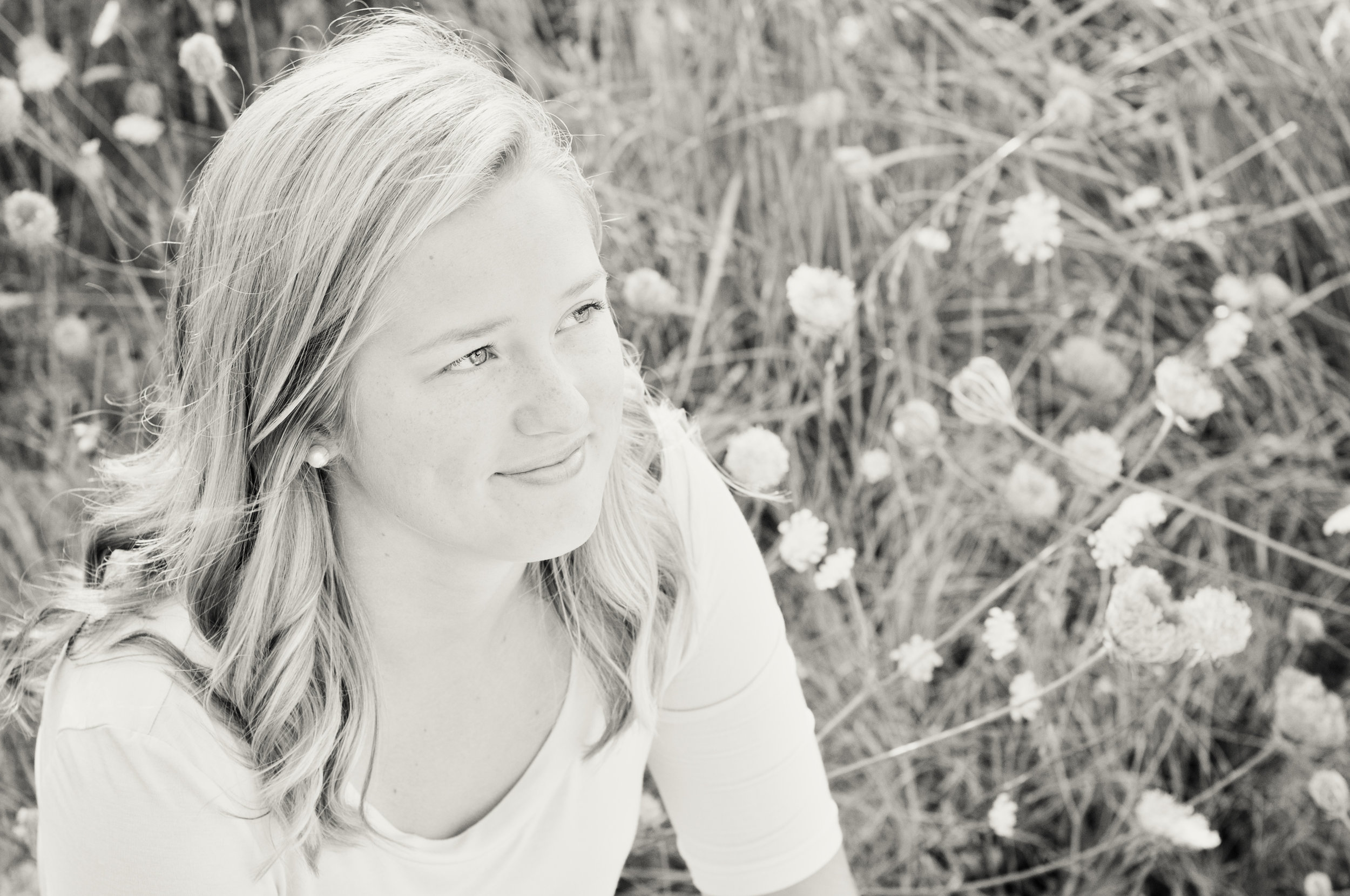 Addie Werts Senior Pics Casual Profile - Platinum.jpg