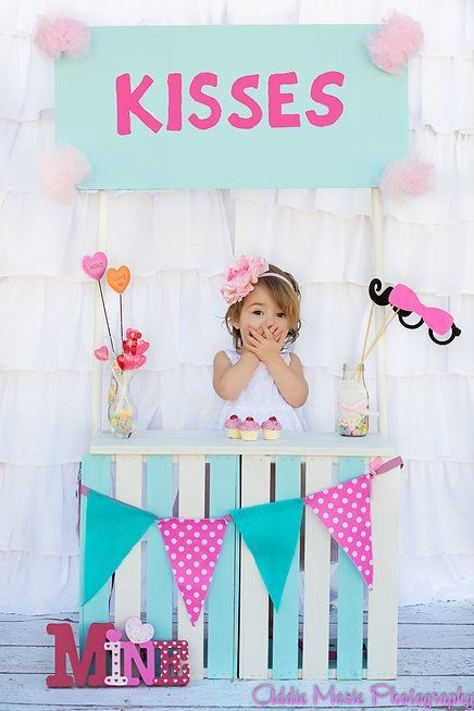Kissing Booth by Addie Marie Photography