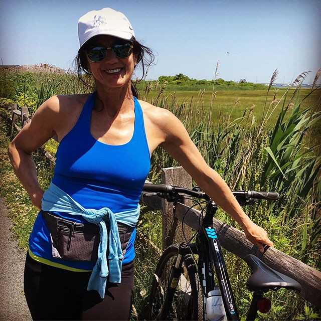I really could use one of our delicious snack bars after my 20 mile bike!  #snack #healthy #hearthealthy #snackattack #snacking #yummy #nomnom #glutenfree #dairyfree #foodstagram #norefinedsugar #cleaneating  #cleaningredients #snackbites #snackbar #snackbark #nutty  #onthego #grabandgo #delish  #nongmo #nomnomnom