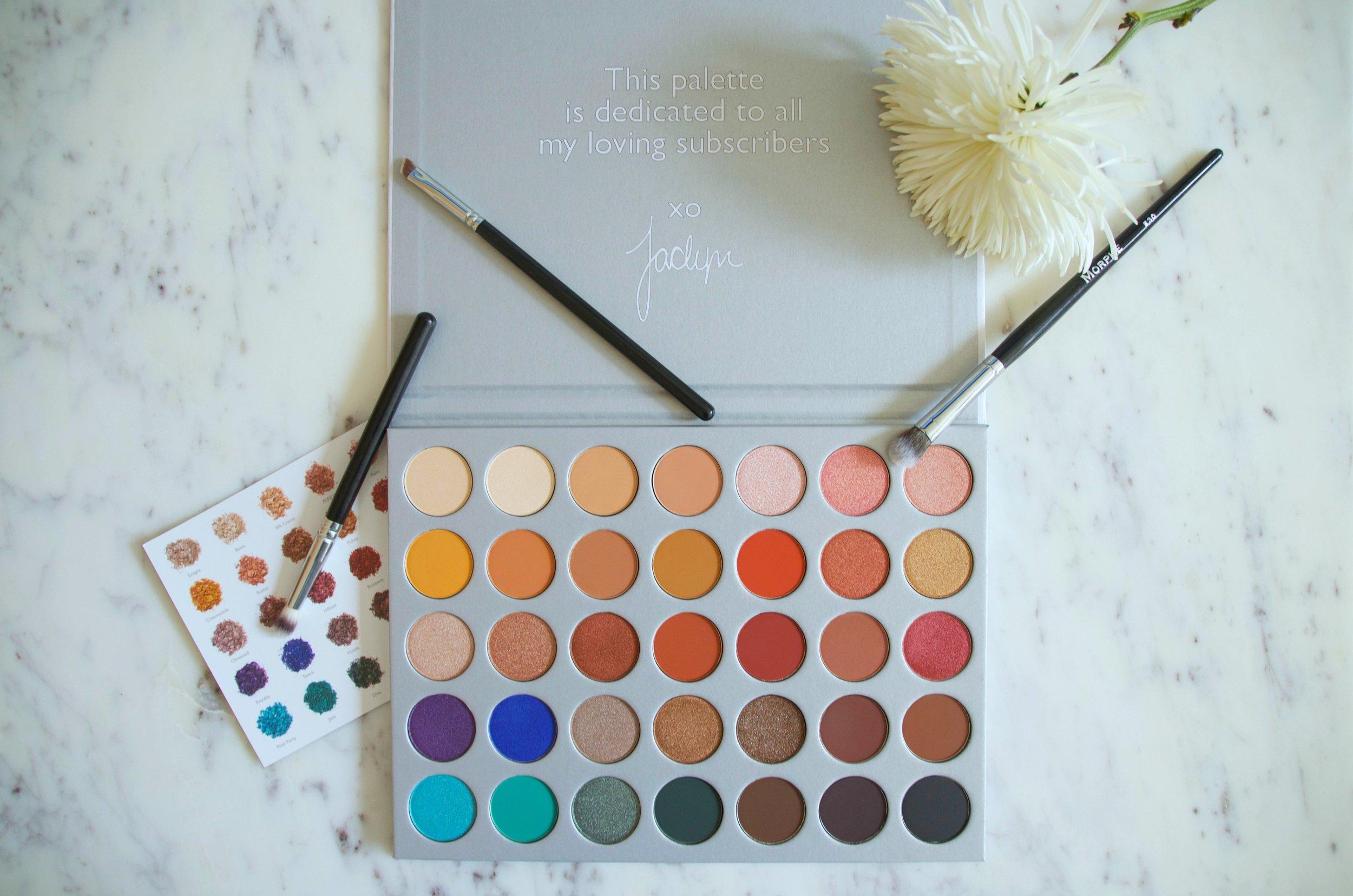 Jaclyn Hill Eyeshadow Palette   Morphe Brushes