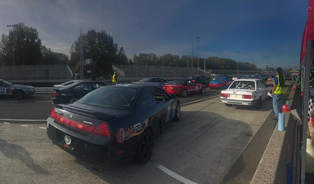 Grid #rudeboyracing #pir #portlandinternationalraceway #luckydogracingleague #racelucky #accord #v6 #j32