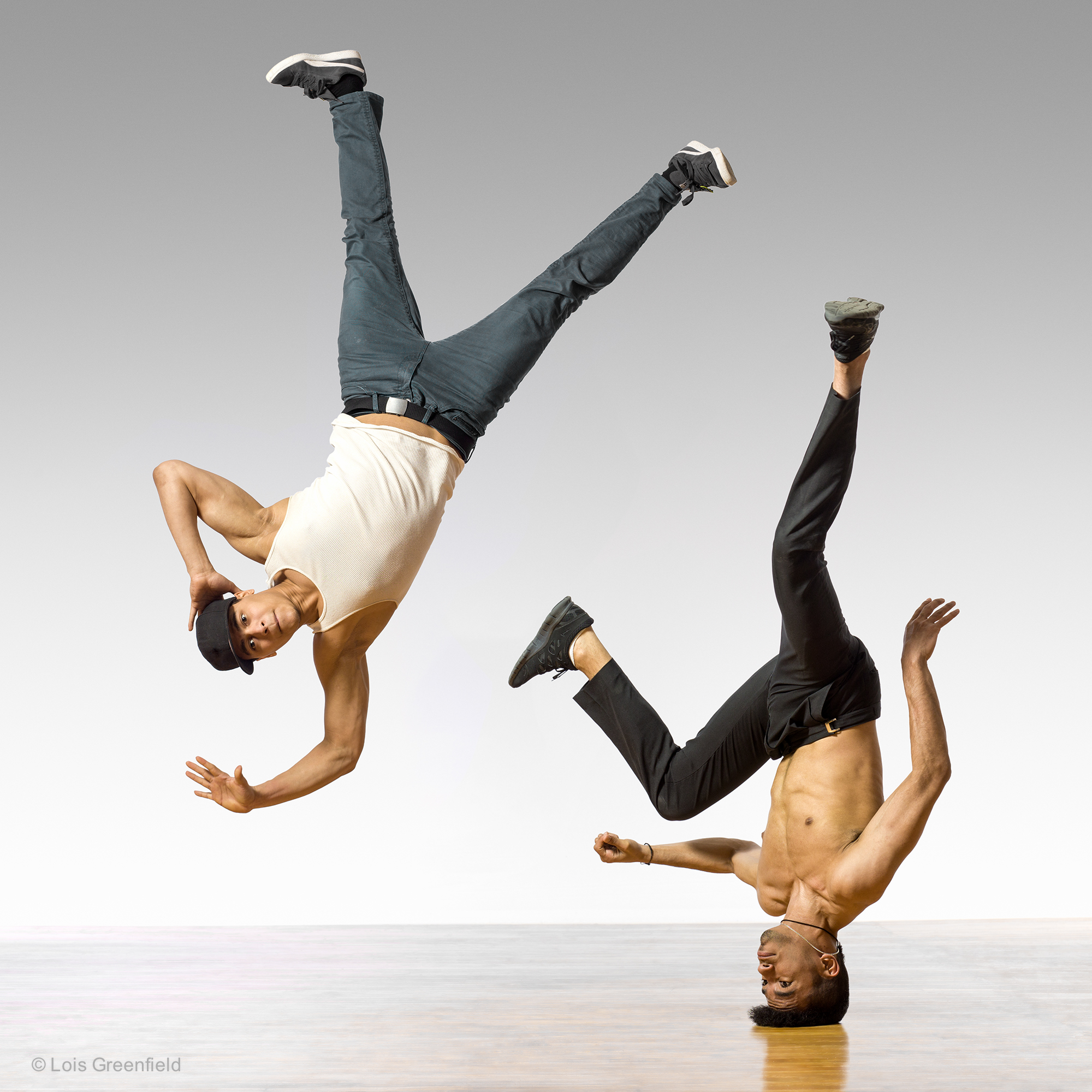 Alexander Hernandes and Gabriel Alvarez, ART OF MOTION
