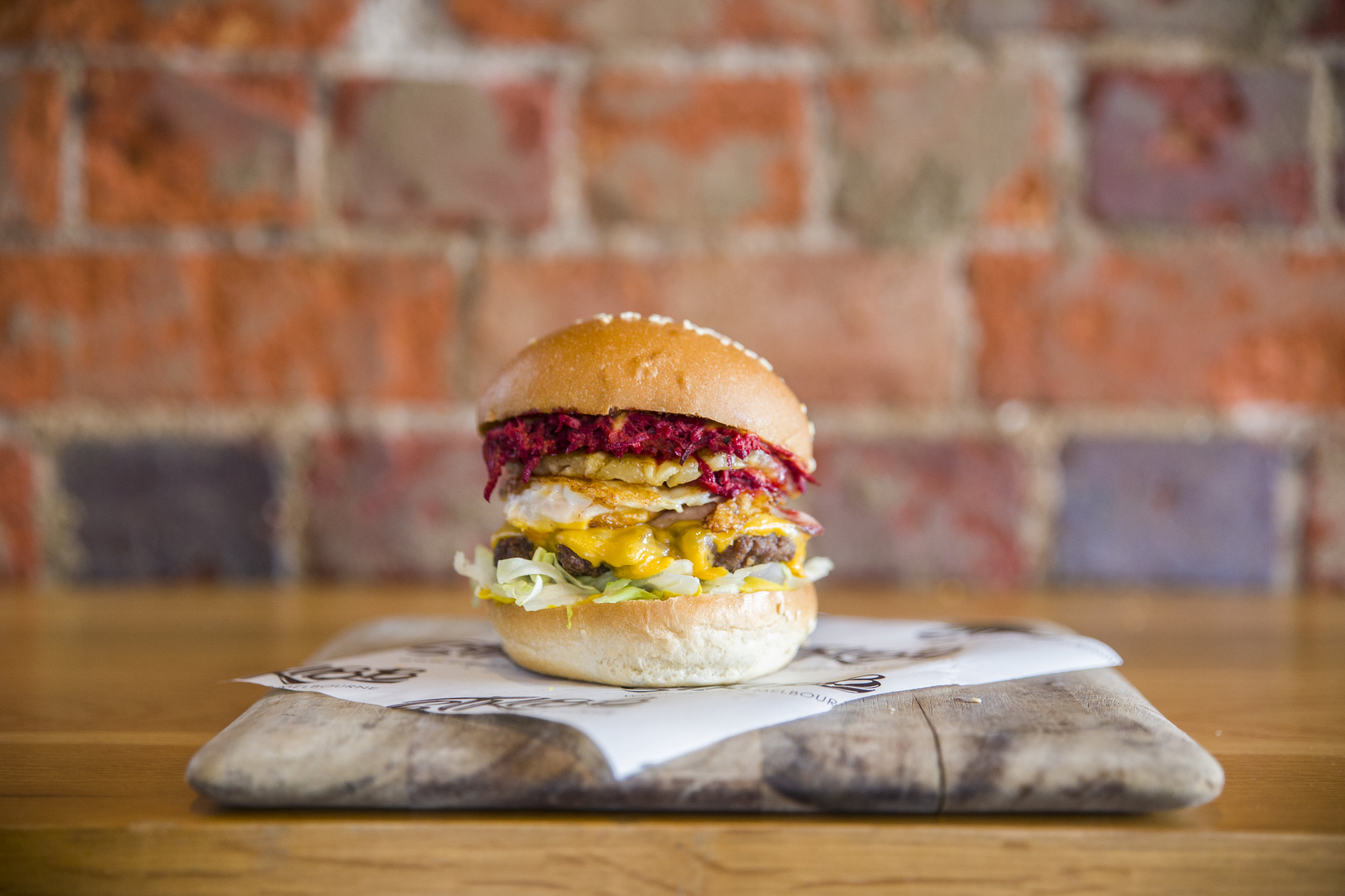 uncle george - Beef, bacon, egg, pineapple. cheese, lettuce, beetroot relish, onion, mustard$15