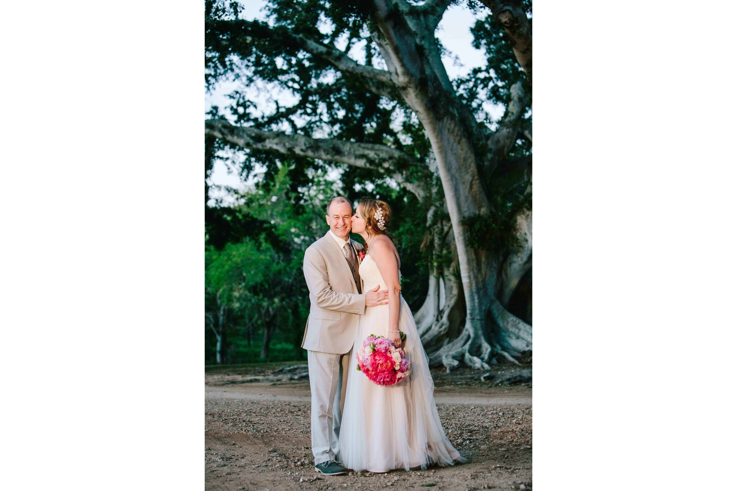 Cute Wedding Photography at Dillingham Ranch