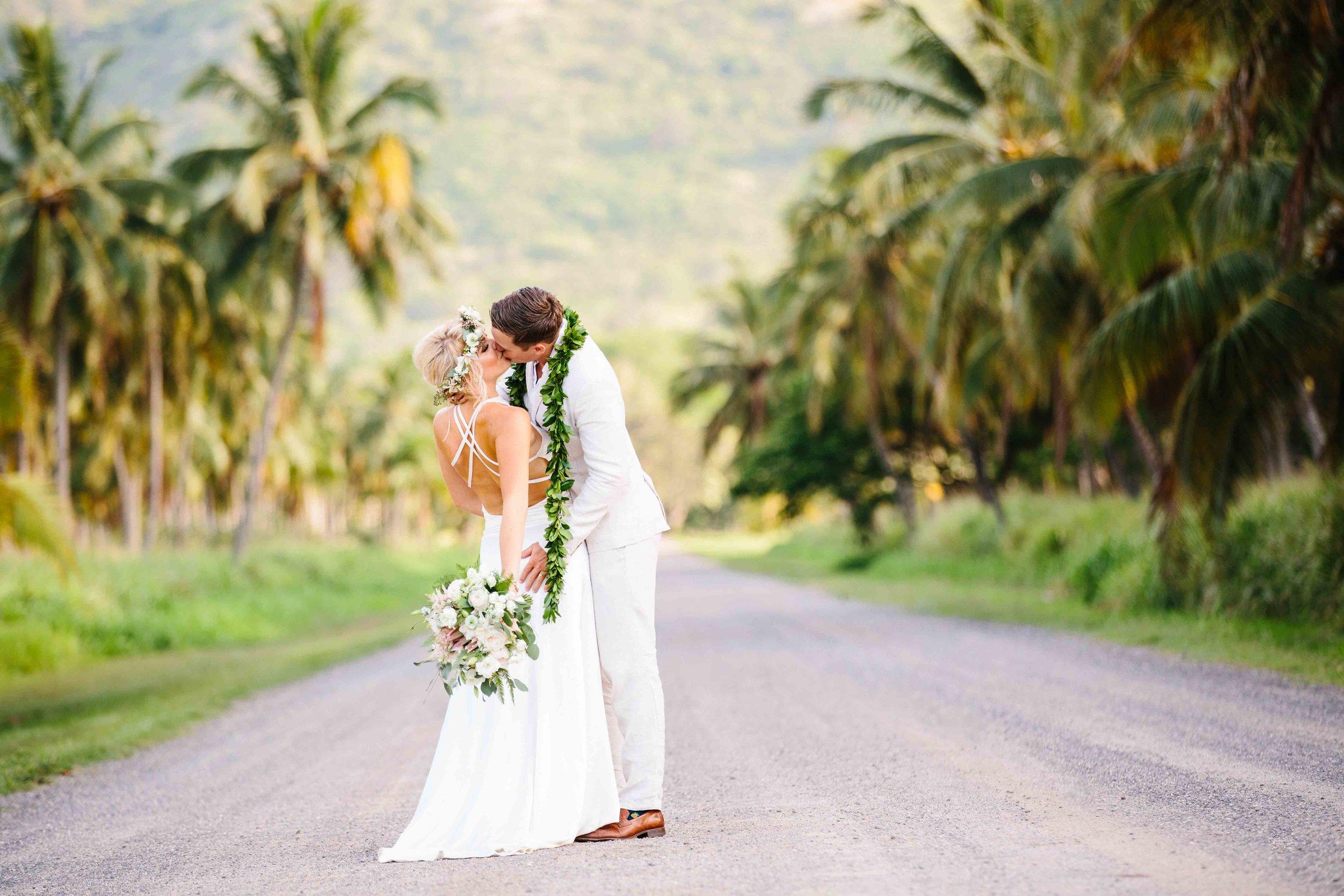 Romantic Oahu Wedding Couple Photoshoot