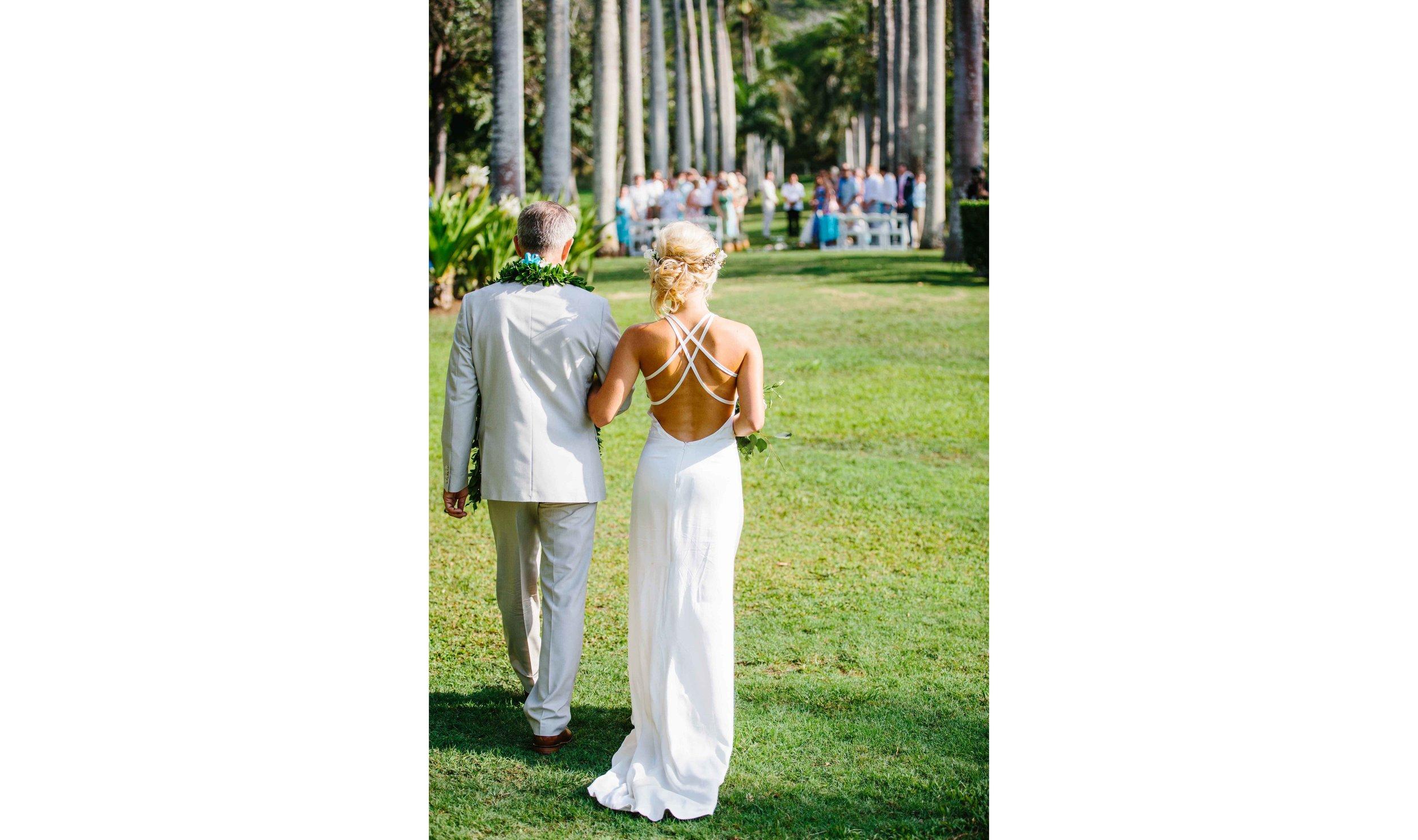 Wedding Couple in Hawaii Wedding photographer